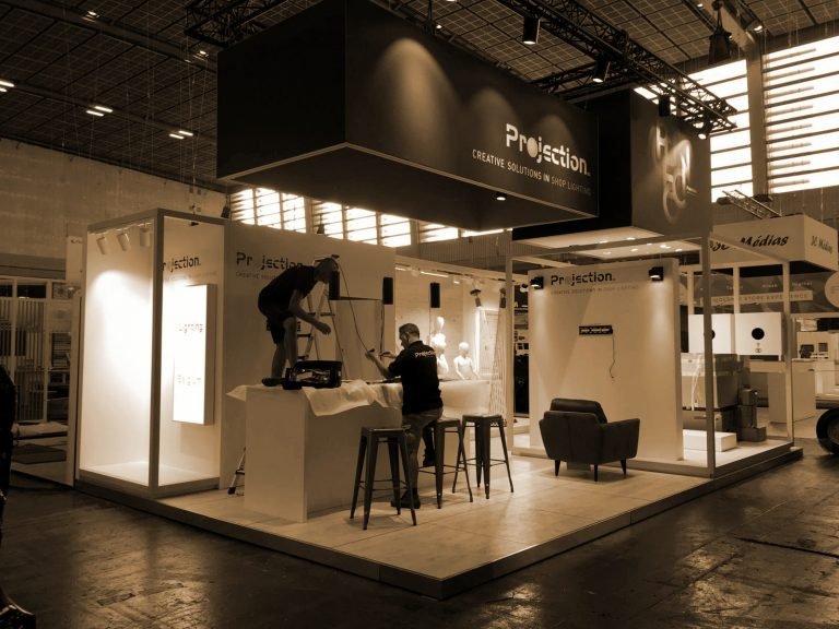 Stand Projection Parijs